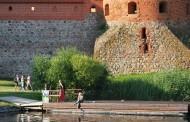 """""""Adventur 2016"""" parodoje Trakai kviečia lėkti ant bangos"""
