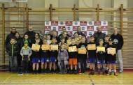 """Jaunieji alytiškiai tobulino krepšinio įgūdžius ir smagiai leido laiką """"SB Camp"""" stovykloje"""