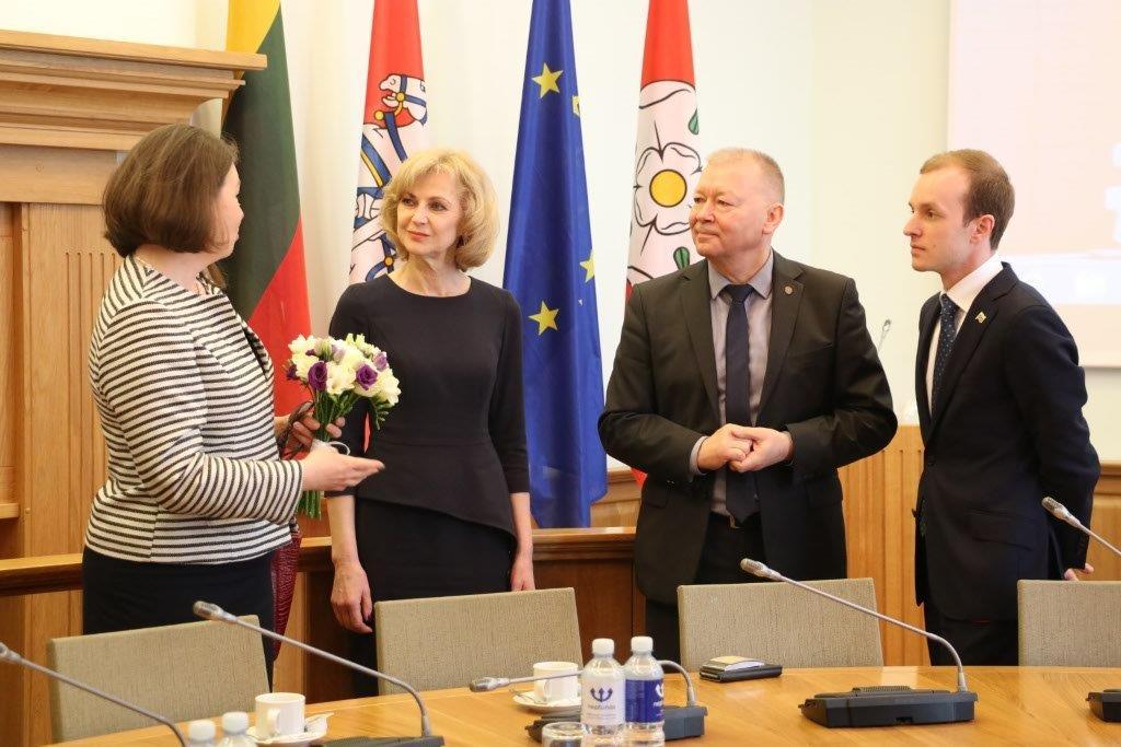 Estijos ambasadorės vizito Alytuje metu - dėmesys verslo įmonėms