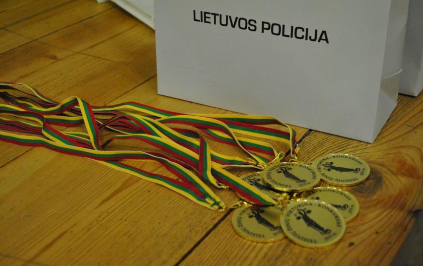 """Paaiškėjo Moksleivių teisinių žinių konkurso """"Temidė"""" I etapo nugalėtojai"""